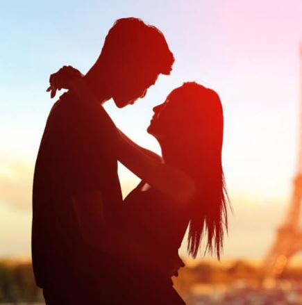whatsapp romance couple pic images in hindi